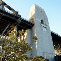 bridge_pylon